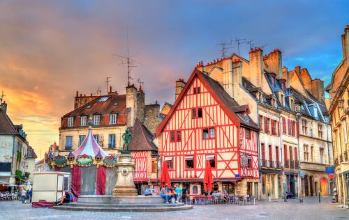 Place du Manège, marché immobilier Dijon
