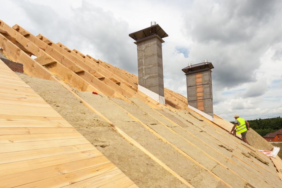 Rénovation de toiture : les méthodes d'isolation de toit par un couvreur bry sur marne