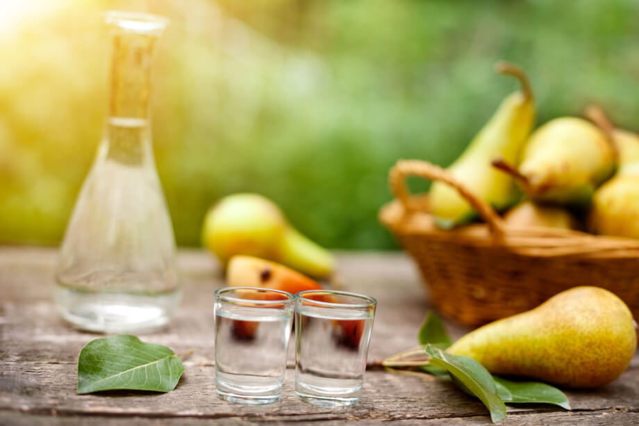 Liqueurs artisanales: l'art du digestif en fin de repas